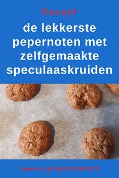 Pepernoten: wanneer de Sint in het land is, begin ik er echt trek in te krijgen. Vol verbazing las ik laatst dat er zoiets is als een 'kant en klare bakmix voor pepernoten'. En dat terwijl zelf pepernoten bakken zonder pakjes en zakjes zo gemakkelijk is. Hoe je dat doet? Dat deel ik vandaag graag met je in mijn simpele recept voor pepernoten met zelfgemaakte speculaaskruiden! #Sinterklaasrecept #Bakkenmetkinderen #Cynspirerend Me Time, Muffin, Breakfast, Blog, Morning Coffee, Muffins, Blogging, Cupcakes