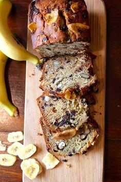 As Minhas Receitas: Bolo de Banana com Chocolate e Amêndoas
