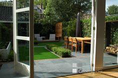 Moderne tuin in Aerdenhout, kind- en onderhoudsvriendelijk