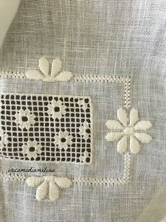 iricamidiamelina Hardanger Embroidery, Embroidery Stitches, Embroidery Patterns, Hand Embroidery, Ancient Persia, Drawn Thread, Types Of Embroidery, Satin Stitch, Bargello
