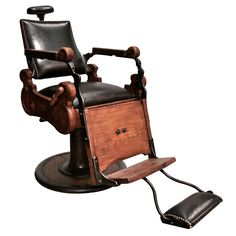 AH! I WANT THIS CHAIR. Sorry, excited. I love this chair. A vintage barber chair from Italy in the '20s.