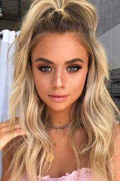 Incredibly Cool Hairstyles For Thin Hair ★ Holiday Hairstyles, Cool Hairstyles, Half Pony Hairstyles, Festival Hairstyles, Hairstyles Haircuts, How To Ponytail Hairstyles, Long Straight Hairstyles, Medium Length Hairstyles, Medium Hair Styles