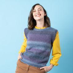 Snygg och väldigt modern väst stickad med två läckra trådar: en tråd Magic Sock Wool och en tråd Kid Silk. En väst är perfekt hela året runt! Använd den över en långärmat T-shirt eller skjorta under de kalla månaderna, och utanpå en topp en kylig sommarkväll. Västen stickas nerifrån och upp, ärmkant samt halskant sticka i en snygg ribb.  Garn: Magic Sock Wool, Kid Silk. #hobbiidesign #hobbiilone #hobbiiloneväst #stickadväst #hobbiimagicsockwool #hobbiikidsilk Easy Knitting Patterns, Circular Needles, Summer Evening, Knit Or Crochet, Stitch Markers, Lonely, Free Pattern, Turtle Neck, Denim