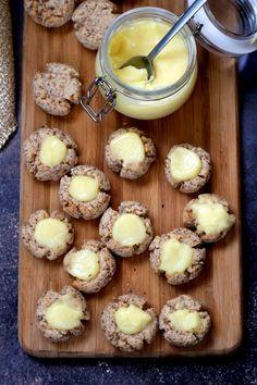 Citromkrémes kókuszcsók recept Feta, Paleo, Muffin, Breakfast, Sweet, Cukor, Nap, Bon Appetit, Morning Coffee