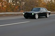 check at more Incredibly blacked out resto-mod old Mercedes sedan. The post Incredibly blacked out resto-mod old Mercedes sedan. appeared first on mercedes. Mercedes Suv, Mercedes G Wagon, Touring, Volvo, Automobile, Auto Retro, Aston Martin, Old School Cars, Classic Mercedes
