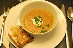 La Petite Maison Verte: Soup's On: Coconut Red Lentil Soup.  Amazing!