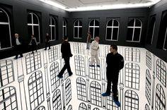 Regina Silveira - Abyssal, 2010 - adhesive vinyl on floor