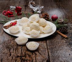 QimiQ Raffaello-Kugeln — QimiQ My Honey, Recipe Images, Camembert Cheese, Cravings, Sweet Tooth, Yummy Food, Sweets, Sugar, Candy