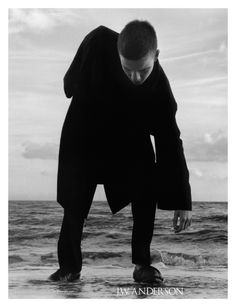 MAP - News – Jamie Hawkesworth Shoots J.W. Anderson SS15 Campaign
