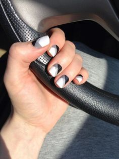 Black and White Quad #Jamberry #nails #nailart #manicure #pedicure #workfromhome