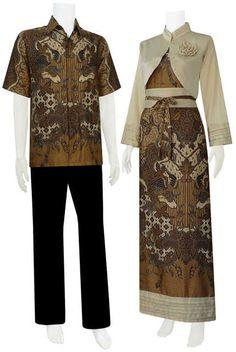 batik pasangan gamis bolero modern. perpaduan antara batik jawa dan modern. sangat cocok buat anda terlihat lebih elegan, berwibawa, romantis. dapatkan hanya di www.kianibatik.com
