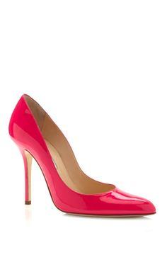 Shop Pink Gretchen Pump by Oscar de la Renta Now Available on Moda Operandi