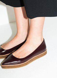 Bailarina piso crepé - Zapatos planos - Calzado - Uterqüe España
