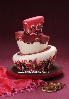 Wedding sari inspired wonky cake by Lindy Smith