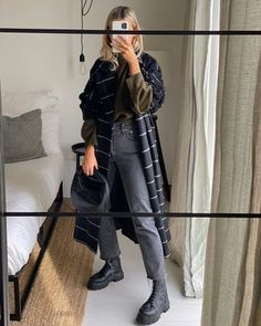 Basic Outfits, Trendy Outfits, Fashion Outfits, Womens Fashion, Sartorialist, Urban Chic, Street Style Looks, Daily Fashion, Autumn Winter Fashion