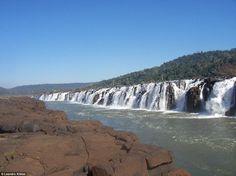 Такого вы больше нигде не увидите: уникальные боковые водопады на реке Игуасу в…