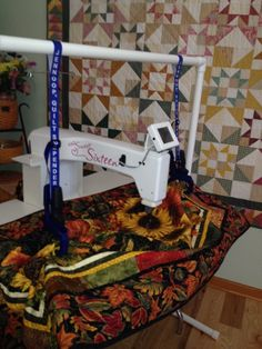 Quilt Suspenders And Stand