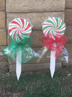 Excited to share this item from my shop: Christmas Lollipops Yard Art Candy Land Christmas, Christmas Yard Art, Christmas Yard Decorations, Grinch Christmas, Christmas Wood, Christmas Projects, Christmas Time, Christmas Wreaths, Christmas Ornaments
