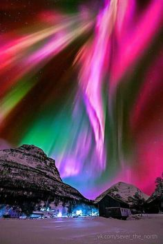 I would actually go to see this~  Aurora Borealis