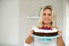 Kladdkaka i mugg - Jennys Matblogg Lchf, Cake, Desserts, Food, Tailgate Desserts, Deserts, Kuchen, Essen, Postres