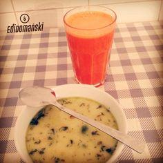 """"""" BAR MLECZNY """"   'Na mieście bez jedzenia'  To jest styl życia!! a NIE zmuszanie się,  do wybierania tego zdrowego jedzenia,nawet na mieście!   W każdej sytuacji można sobie poradzić,wystarczy NAPRAWDÈ chcieć!!!  Na zdjęciu:  * zupa brokułowa * świeżo wyciskany sok z marchewek  Całość 8,50zł!! :)  A Wy jak sobie radzicie 'na mieście'? :)  Miłego dnia ;)  OGIEŃ!!!   #motywacja #zdroweodżywianie #trening"""