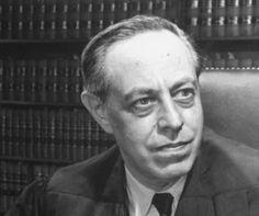 Jerome New Frank (10 de septiembre de 1889 — 13 de enero de 1957), jurista estadounidense.