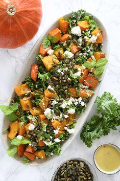 Græskarsalat med grønkål og feta - få opskrift på salat med græskar her