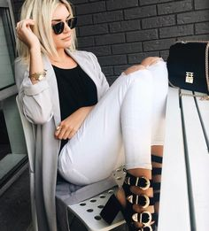 outfit is on point, yay or nay? Trendy Outfits, Cute Outfits, Vogue, Cropped Skinny Jeans, Girl Model, Swagg, Shorts, Passion For Fashion, Dress To Impress