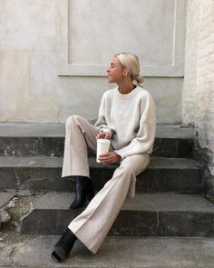 Instagram photo by Amanda Marie Pagh Nielsen • Nov 12, 2018 at 6:00 PM Work Fashion, Fashion Mode, Fashion Brands, Trendy Fashion, Fashion Outfits, Womens Fashion, Fashion Styles, Fashion Ideas, Neutral Style