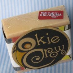 Okie Crowe Buttercream & Snickerdoodle Soap #goatsmilk #bath #body #madeinoklahoma #handmade #handcrafted #cookies #cinnamon