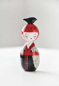 Bird kokeshi  -------- #japan #japanese #kokeshi