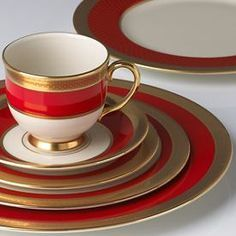 57 Beautiful Christmas Dinnerware Sets: Embassy Dinnerware Place Setting by Lenox - Great alternative for Christmas china without the typical Christmas patterns Christmas China, Christmas Dishes, Christmas Photos, Lenox Christmas, Christmas Time, 222 Fifth Dinnerware, Fine China Dinnerware, Christmas Dinnerware Sets, Lenox China