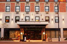 Hotel Lincoln• Across the street from sprawling Lincoln Park and the city's zoo, this newly remodeled boutique hotel is convenient to the vibrant Lincoln Park and Old Town...