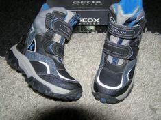 GEOX - marimea 27, interior 17-17.5 cm ;  -inaltime- 15 cm cu tot cu talpa;  - au vatelina groasa, chiar si pe talpa  , extrem de calduroase;  -IMPERMEABILE;  -talpa antiderapanta;  -ideale pt zapada-ski  - CULOARE-albastru bleumarin + bleu+ gri  STARE PERFECTA  PRET- 125 LEI   (pret magazine peste 300-450) lei)(se poate verifica si pe site-ul marcii GEOX)  NU SCHIMB!!! NU NEGOCIEZ!!! Este un produs destinat cunoscatorilor calitatii si preturilor brandului.   Predare personala= MALL BANEASA… Hugo Boss, Timberland, Hiking Boots, Safari, Sneakers, Shoes, Fashion, Tennis, Moda