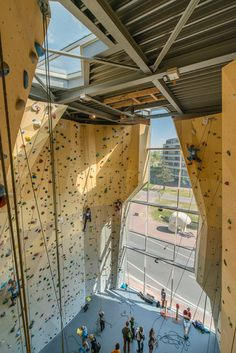 Climbing-and-Sports-Centre-in-Dordrecht-by-NL-Architects