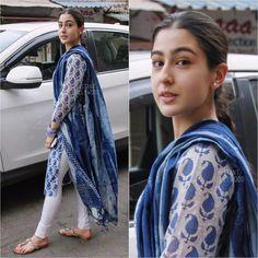 Saif Ali Khan and Amrita Singh's daughter Sara Ali Khan is the latest sensation in the Bollywood. Dress Indian Style, Indian Dresses, Indian Outfits, Salwar Designs, Kurta Designs Women, Blouse Designs, Indian Attire, Indian Wear, Indian Tunic