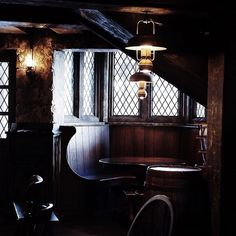 It's Friday night and I feel like having a drink. Meet you at The Three Broomsticks for a Butterbeer ? I save us our favourite corner! Slytherin, Hogwarts, Vintage Industrial, Vintage Bar, Pub Interior, Interior Design, Dragon Age Origins, Cottage, Architecture