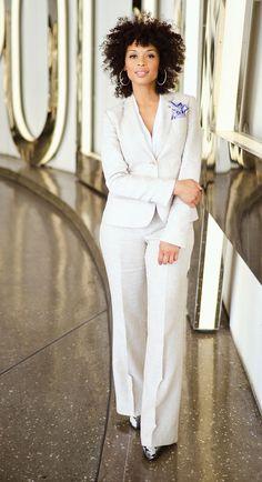 Shadia Taylor #style #pocketsquare