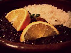 Aprenda a preparar os diferentes tipos do prato: tradicional, vegetariana, light e feita com frutos do mar.