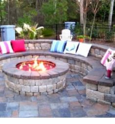 Wanting a DIY fire pit project? Take a look at these 13 Brilliant Fire Pit Landscaping Ideas. Great Outdoor fire pit ideas for outdoor living. Great for your patio or backyard. Cheap easy tips and FAQ answered. Fire Pit Backyard, Backyard Patio, Backyard Landscaping, Backyard Seating, Landscaping Ideas, Outdoor Seating, Nice Backyard, Backyard Fireplace, Pavers Patio