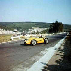 #20 Oliver Gendebien...Scuderia Ferrari...Ferrari D246...Motor Ferrari 143 V6 2.4...GP Belgica 1958