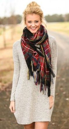 sweater dress worn casual with blanket scarf and top not Fall Winter Outfits, Autumn Winter Fashion, Winter Clothes, Winter Style, Christmas Outfits, Christmas Pics, Dress Winter, Winter Coats, Winter Shoes