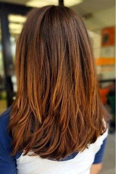 Thick Long Layers - If you have thick hair, longer layers like these look really great on a mid-length cut. The layers meld cohesively without being choppy or stacked. Long Length Haircuts, Haircuts For Fine Hair, Haircut For Thick Hair, Haircuts For Medium Length Hair With Bangs, Haircut Long, Medium Layered Haircuts, Medium Bob Bangs, Long Bob Haircuts With Layers, Long Haircuts For Women