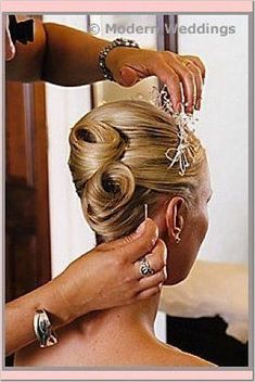 Hair Updos For Weddings French Twists 58 Best Ideas High Bun Hairstyles, Elegant Hairstyles, Wedding Hairstyles, Cool Hairstyles, Hairstyles 2016, Beautiful Hairstyles, African Hairstyles, Easy Updos For Long Hair, Short Hair Updo