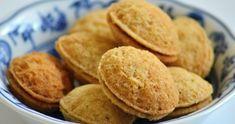 Plněné ořechy recept suroviny a videonávod - Vánoční pohoda.cz Snack Recipes, Snacks, Christmas Pictures, Pancakes, Chips, Cookies, Breakfast, Desserts, Food