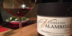 Die Domaine Valambelle stellt sehr gute Bioweine her. Die Reben wachsen auf Schieferböden. Das Weingut ist seit 2010 biozertifiziert