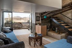 10 hoteles chulos en España - Buscando sitios chulos Lanzarote Hotels, Chula, Canary Islands, New Room, Bed And Breakfast, To Go, Patio, Country, Architecture