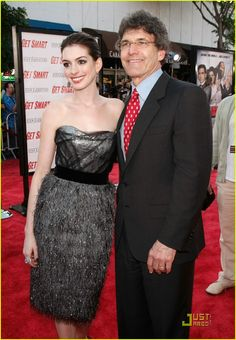 Full Sized Photo of anne hathaway get smart world premiere 50 ...
