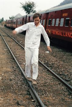 """Wes Anderson on set """"The Darjeeling Limited"""