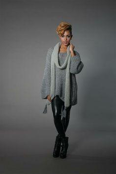 Genser pattern by Sandnes Design You Look Fab, Knit Crochet, Crochet Hats, Pulls, Knitting Patterns, Hat Patterns, Lounge Wear, Ravelry, Loom Knit